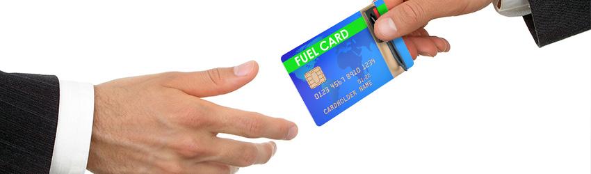 """""""cardurilor de carburant"""",""""cardului de carburant"""""""